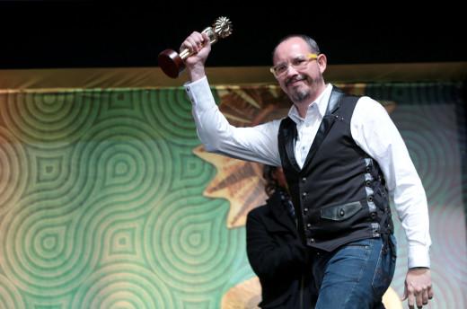 Roberto Flores Prieto, Premio a mejor Director por Cazando Luciérnagas - Foto: Edison Vara/Prensa Festival