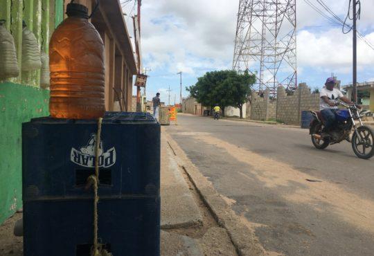 El botín de la gasolina corrompe la frontera con Venezuela