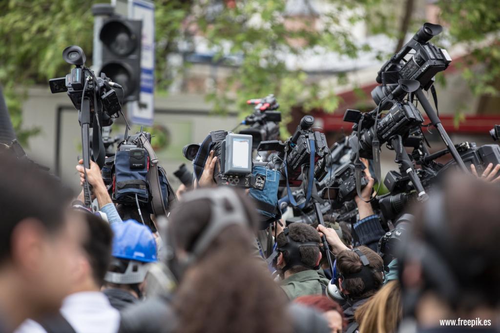 Alrededor de 320 personas perdieron sus empleos en varios medios de comunicación colombianos entre diciembre de 2018 y marzo de 2019.