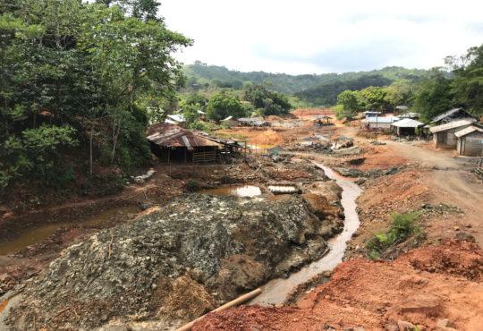 'La resistencia del indio' es caminar por el territorio minero