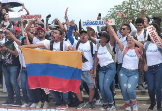 Barranquilla, la estudiantil, defiende la Universidad Pública