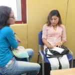 Con el RompeTráfico, conociendo los transmisores y en medio de una entrevista con Dalgis, Tres momentos de la visita de Diana a Vokaribe Radio